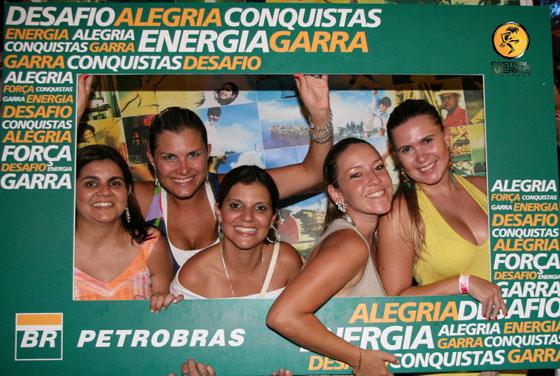 A ação de fotos da Petrobras bombou. A galera curtiu o Festival e levou para casa um registro do verão.